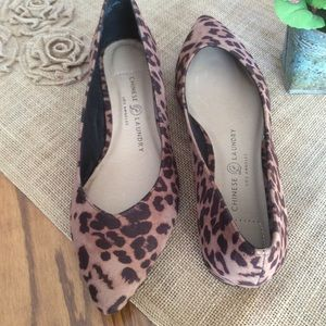 Chinese Laundry Cheetah Flats